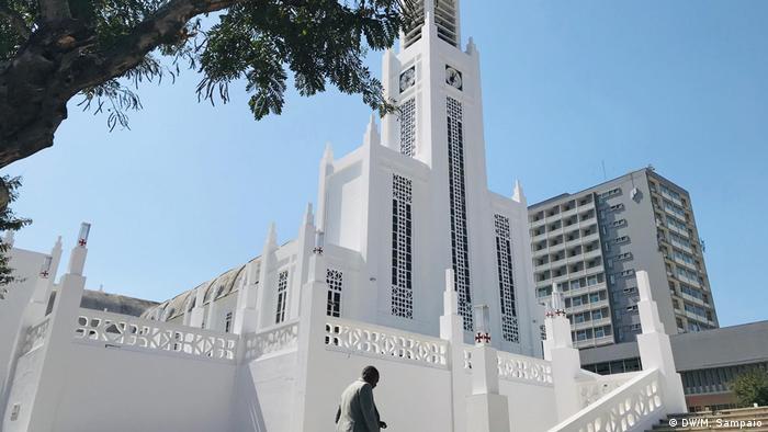 Mosambik Die Kathedrale von Maputo bereitet sich auf den Besuch des Papstes vor (DW/M. Sampaio)