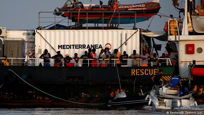 Rescue boat Mare Jonio