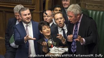 Britischer Parlamentspräsident stemmt sich gegen Johnson