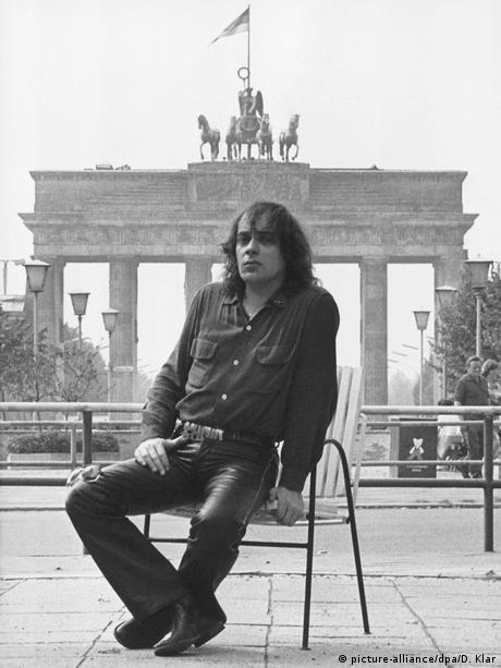Udo Lindenberg 1983 in der DDR (picture-alliance/dpa/D. Klar)