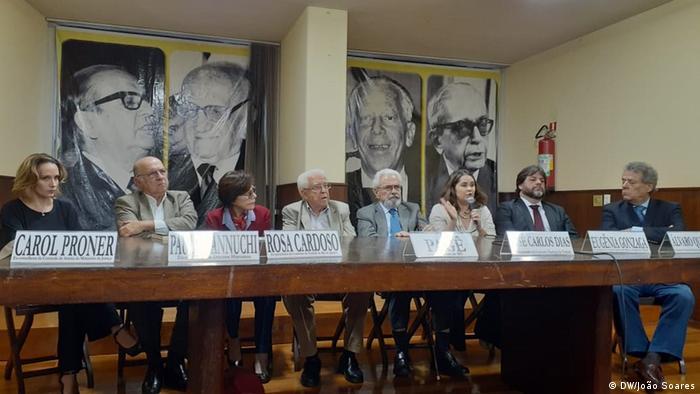 Coletiva no Rio de Janeiro reuniu ex-ministros, juristas e representantes da sociedade civil