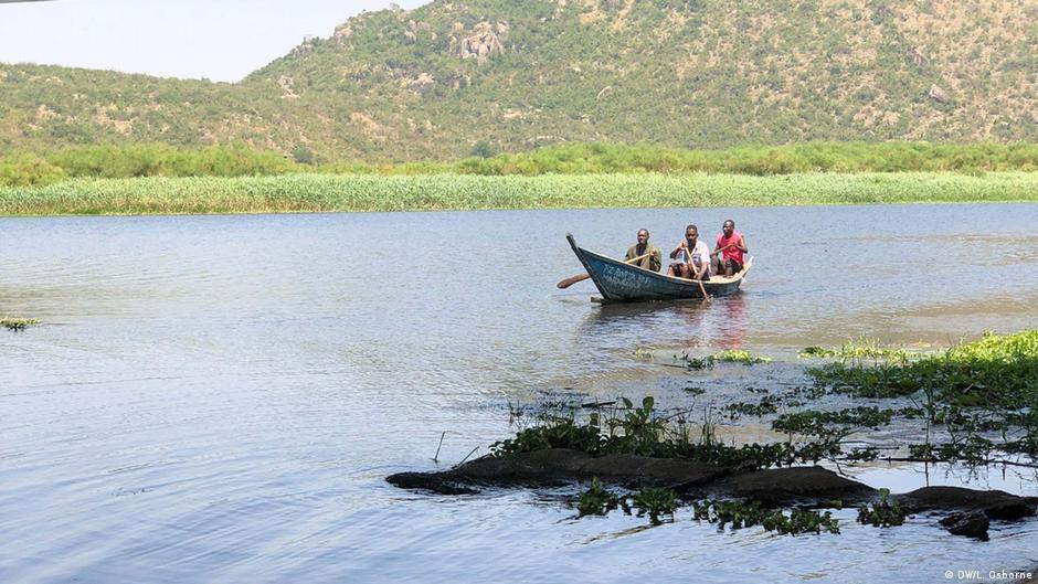 Kenya and Tanzania: Living on the Mara River, together