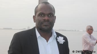 Angola Luanda | Politikwissenschaftler Olívio Kilumbu