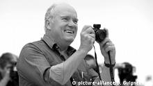 File photo - ABACAPRESS.COM - Peter Lindbergh attends the photocall of The Look during the 64th Annual Cannes Film Festival at Palais des Festivals in Cannes. |