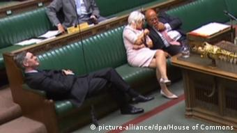 Κοινοβουλευτική σιέστα για τον Τζέικομπ Ρις-Μογκ