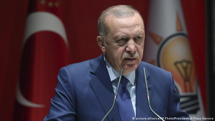 President Recep Tayyip Erdogan (picture-alliance/AP Photo/Presidential Press Service)