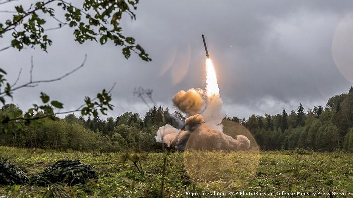 Старт ракеты Искандер