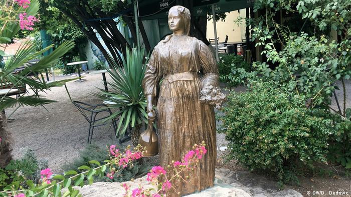 Bosnien und Herzegowina   Mostar Denkmal Emina