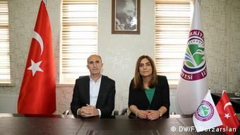 Türkei   Bürgermester aus Lice Tarık Mercan und Ruken Yılmaz (DW/F. Borzarslan)