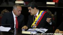 """Venezuelas Staatschef Nicolas Maduro (r.) und Diosdado Cabello, der Vorsitzende der Verfassungsgebenden Versammlung"""""""