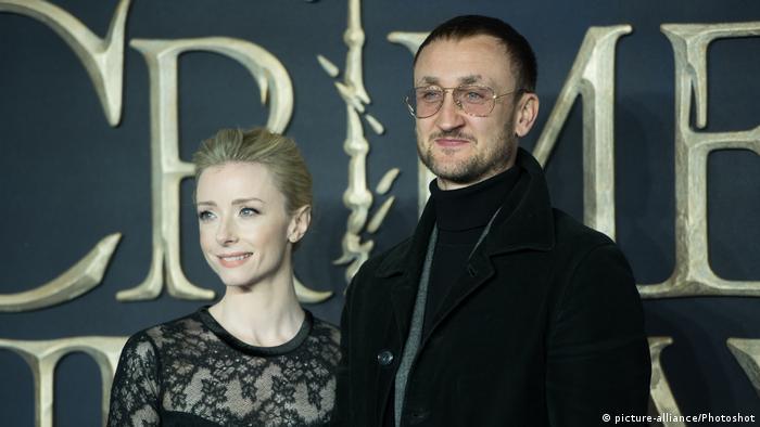 Актер Том Брук, сыгравший Александра Литвиненко, со своей супругой - актрисой Фионой Глэскотт, 2018 год