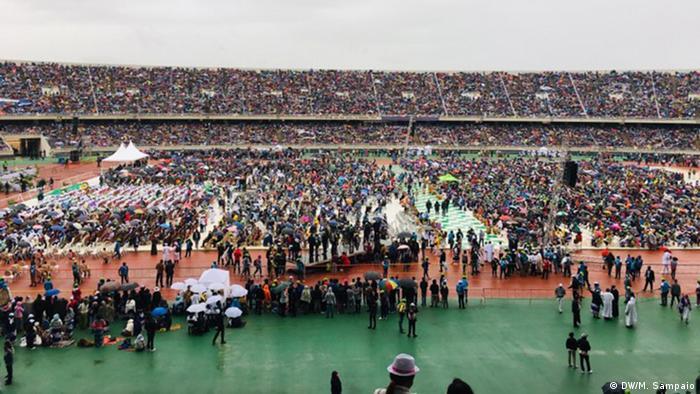 Mosambik Zimpeto-Stadion in Maputo vor der Papst Messe