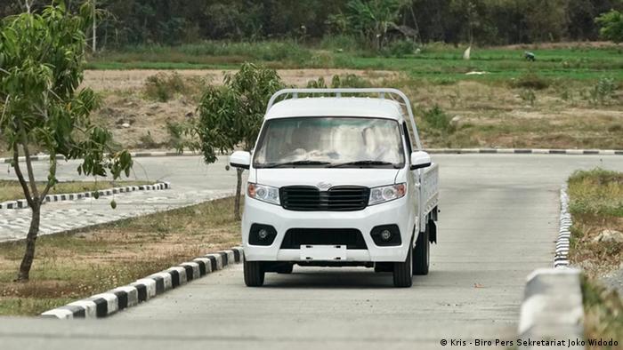 Das Auto Esemka Bima (Kris - Biro Pers Sekretariat Joko Widodo)