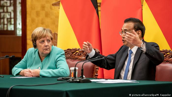 German Chancellor Merkel with Chinese Premier Li Keqiang in September