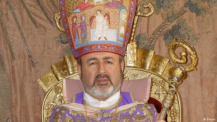 Başpiskopos Aram Ateşyan