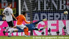 EM-Qualifikationsspiel | Deutschland v Niederlande