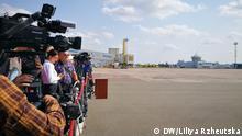 Ukraine Kiew Gefangenenaustausch mit Russland Borispil International Airport