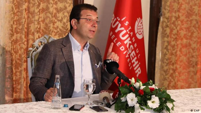 Ekrem Imamoglu speaking at press conference (CHP)