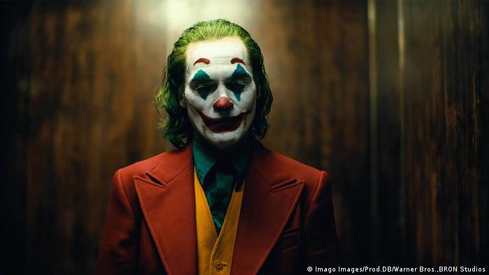 A still from the movie Joker, showing Joaquin Phoenix in character