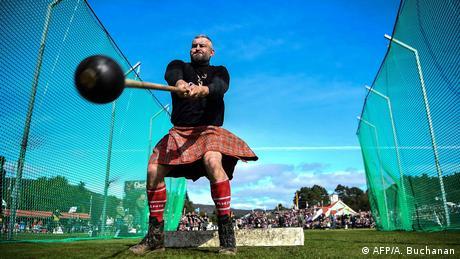 BdTD Schottland Hammerwerfen bei Braemar Gathering Highland Games (AFP/A. Buchanan)