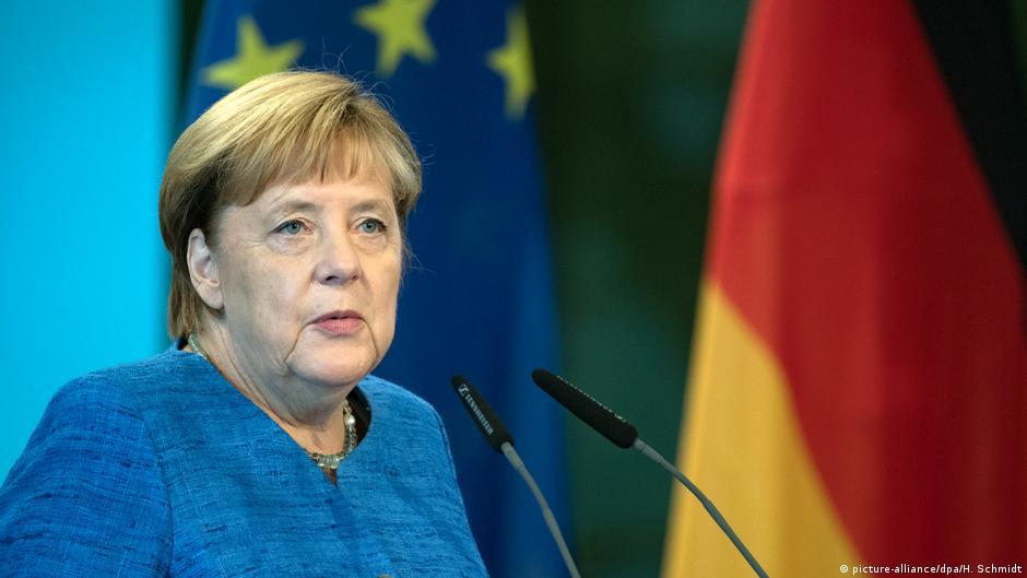 Koment  Angela Merkel   kancelarja e zbutur