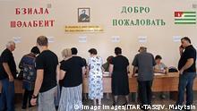 Abchasien Präsidentenwahl - Stimmabgabe