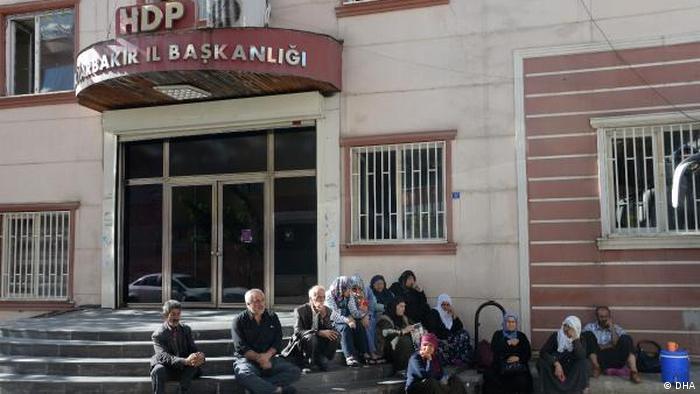 HDP sorunları çözmek için parlamentoda ortak heyet kurulmasını öneriyor