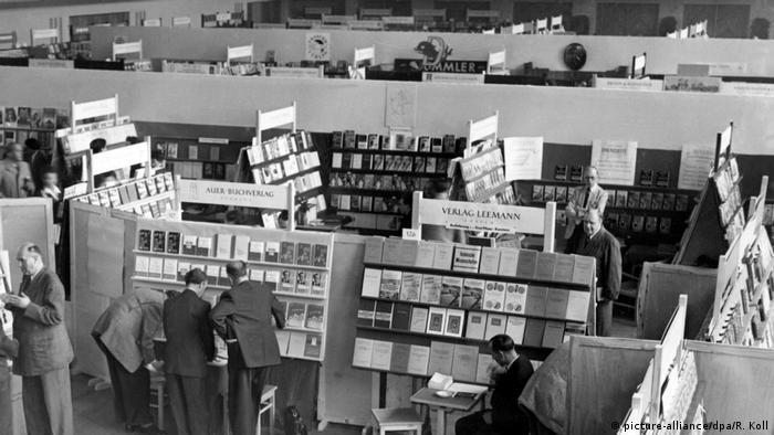 50 Jahre Frankfurter Buchmesse (picture-alliance/dpa/R. Koll)