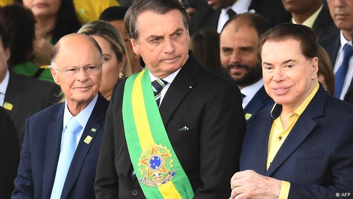 Jair Bolsonaro, Silvio Santos (R) und Edir Macedo