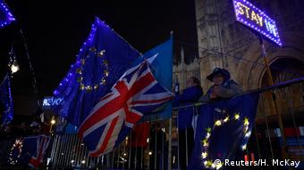 UK Anti-Brexit Demo vor Parlament (Reuters/H. McKay)