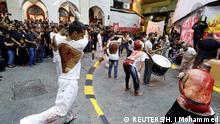 Schiitische Muslime geißeln sich während eines religiösen Ashur-Festivals in Manama, Bahrain
