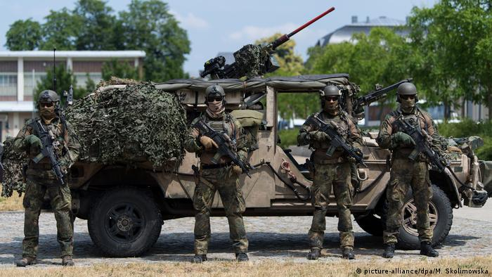 German military investigates elite unit over far-right ties