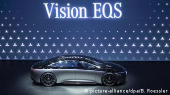 Презентация прототипа электромобиля класса люкс Mercedes EQS