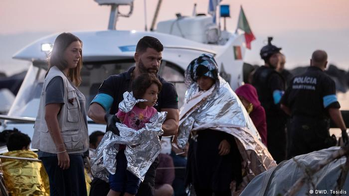 Refugees arriving in Lesbos