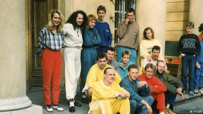 Cornelia Klammt (l.) wraz z innymi uciekinierami z NRD w seminarium duchownym w Tarchominie we wrześniu 1989 roku