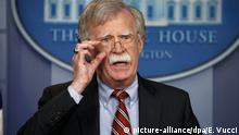 ARCHIV - 02.08.2018, USA, Washington: John Bolton, Nationaler Sicherheitsberater der USA, wirbt vor dem Staatsbesuch von US-Präsident Trump in Großbritannien eindringlich für den Brexit. (zu dpa Bolton: Iranischer Tanker «Adrian Darya-1» hat Syrien angesteuert) Foto: Evan Vucci/AP/dpa +++ dpa-Bildfunk +++  