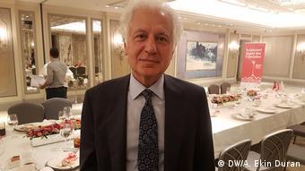 Muammer Keskin, the district mayor of Sisli in Istanbul (DW/A. Ekin Duran)