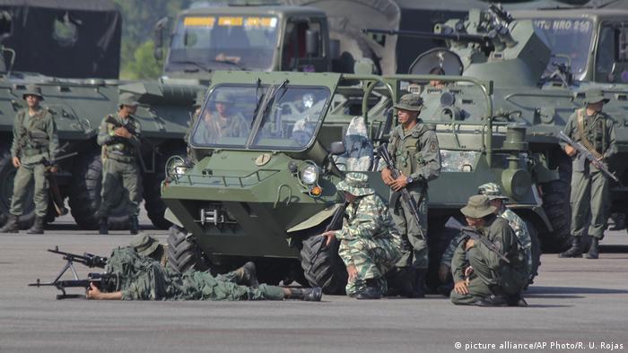 Армия Венесуэлы во время учений на границе с Колумбией 10 сентбяря 2019 года