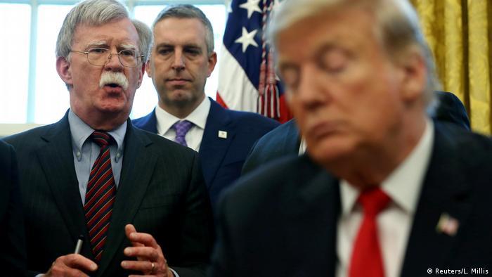 US-Präsident Trump mit Sicherheitsberater John Bolton