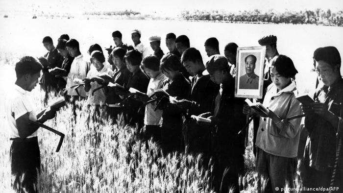 06 - 60 Jahre China im Umbruch | Die Kulturrevolution | Personenkult
