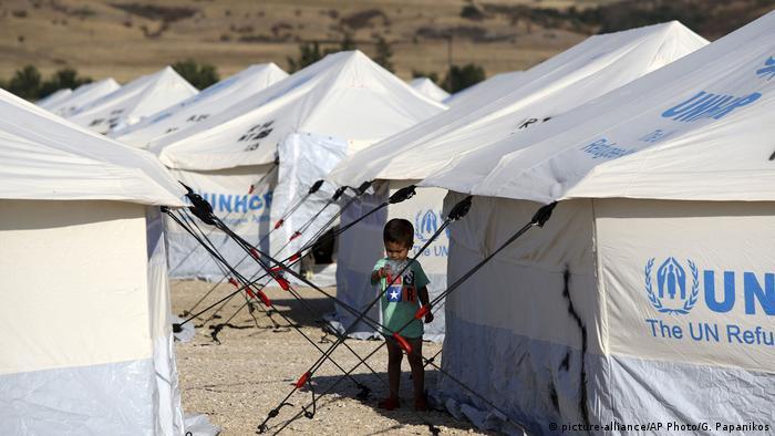 Europäische Migranten in Griechenland (picture-alliance/AP Photo/G. Papanikos)