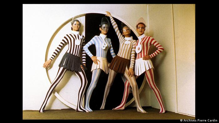 Pierre Cardin Iconic Fashion Designer Honored In Fashion Futurist Show Culture Arts Music And Lifestyle Reporting From Germany Dw 20 09 2019