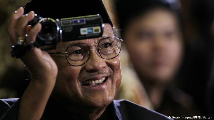 Ehamaliger Indonesischer Präsident | Bacharuddin Jusuf Habibie (Getty Images/AFP/B. Walton)