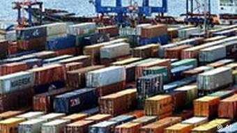 Container Hafen in Hamburg
