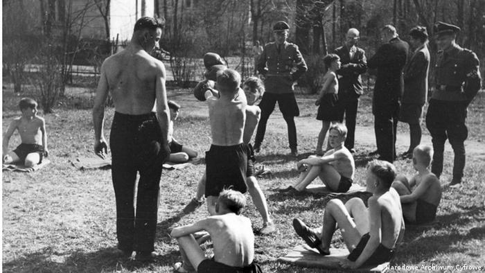 Po wymordowaniu pacjentów na terenie zakładu zorganizowano obóz dla Hitlerjugend