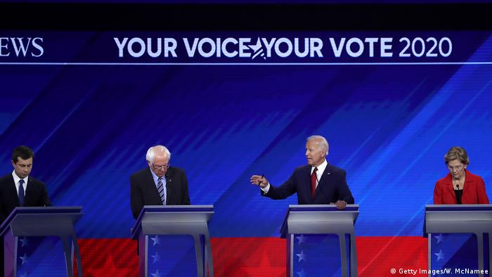 Democratic presidential candidates South Bend, Indiana Mayor Pete Buttigieg, Sen. Bernie Sanders (I-VT), former Vice President Joe Biden, Sen. Elizabeth Warren (D-MA), and Sen. Kamala Harris (D-CA) on stage during the Democratic Presidential Debat(Getty Images/W. McNamee)