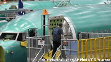 USA Renton Boeing-Werk Arbeiten an 737 Max (picture-alliance/AP Photo/T.S. Warren)