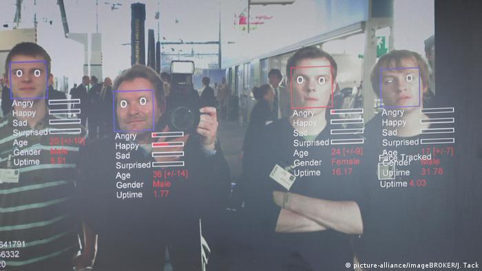 BG Gesichtserkennungssysteme | Monitor mit einem Gesichtserkennungsprogramm des Fraunhofer Instituts