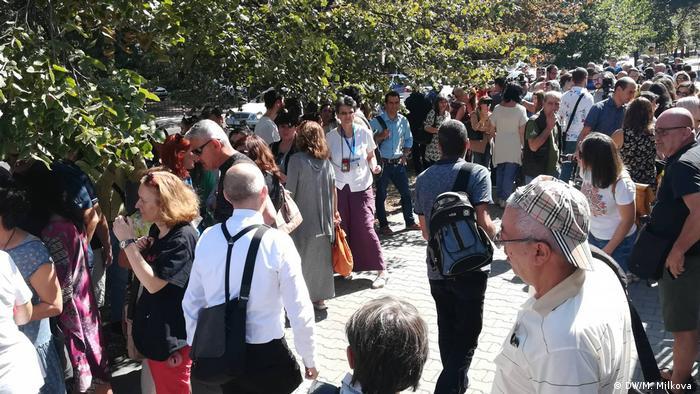 Журналисти на протест пред БНР (13.09.) в подкрепа на Силвия Великова