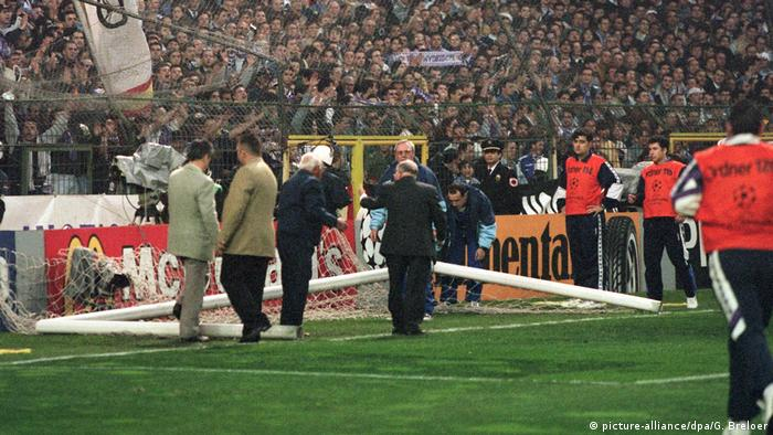 Shortly before kick off the semifinal between Real Madrid and Borussia Dortmund, one of the goals fell apart when a fence, one that fans had climbed on, broke taking the goal with it. A good 76 minutes later, a replacement arrived. It remains one of the most memorable moments in the competition's history.